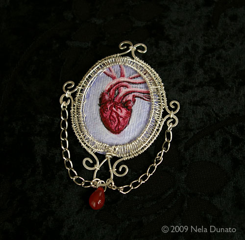 Anatomic heart brooch by Nela Dunato