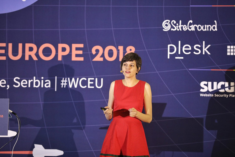 Nela Dunato speaking at WordCamp Europe 2018
