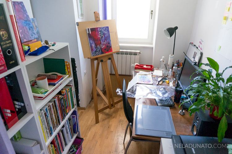 Nela Dunato's mini office-studio