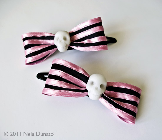 Pink striped skull hair clips