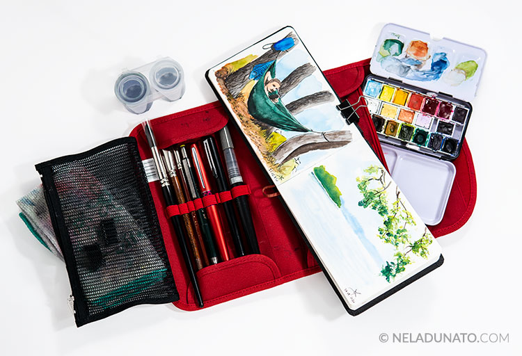 Portable watercolor sketching kit